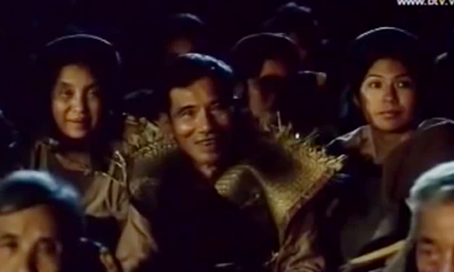 Nghệ sĩ Ưu tú Trần Hạnh vào vai bố của Sài trong phim. Dù xuất hiện rất ngắn trong đoạn đầu,