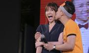 Trấn Thành hôn và nói yêu Hari Won trước đông đảo fan