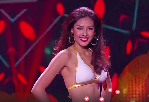 Nguyen Thi Loan performs at Miss Grand International semi-final