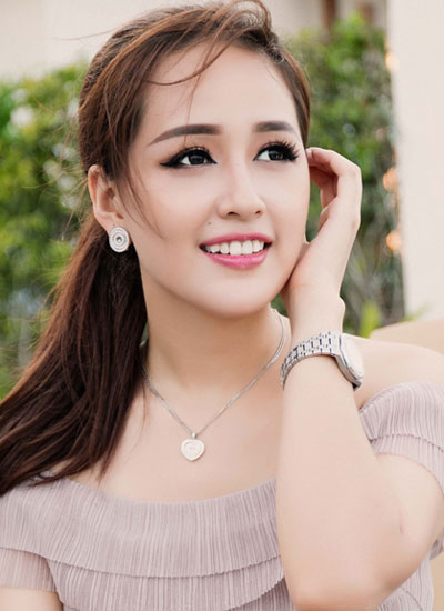 pham-huong-ky-duyen-trang-diem-noi-bat-nhat-tuan-3