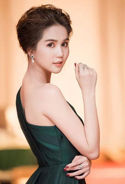 pham-huong-ky-duyen-trang-diem-noi-bat-nhat-tuan-2