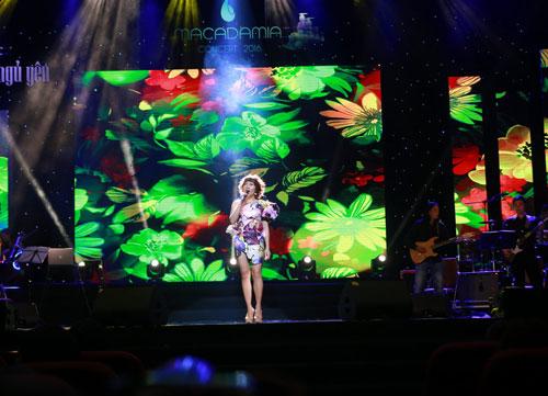 tung-duong-ha-tran-song-ca-trong-macadamia-hair-concert-2016-4