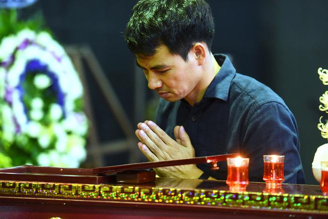 Đồng nghiệp, gia đình tiễn biệt nghệ sĩ Phạm Bằng
