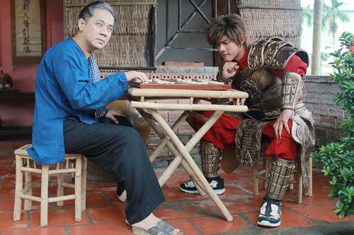 Lục Vân Tiên lấy bối cảnh thời hiện đại, có kịch bản mới lạ hơn để phù hợp với khán giả.