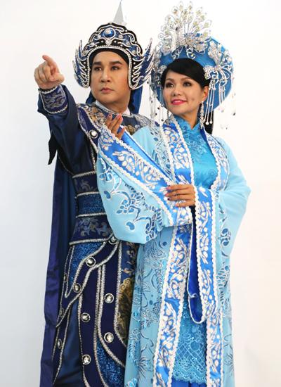 Ngọc Huyền và NSƯT Kim Tử Long (trái) trong chương trình mới.