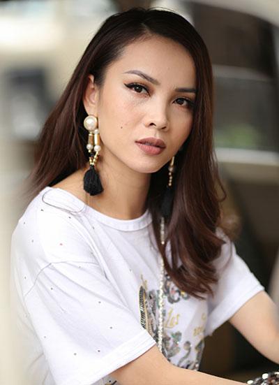 angela-phuong-trinh-trang-diem-dep-khi-nhan-vao-doi-mat-4