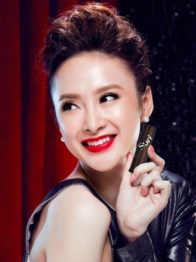 3 dòng son tông đỏ sexy yêu thích của Angela Phương Trinh