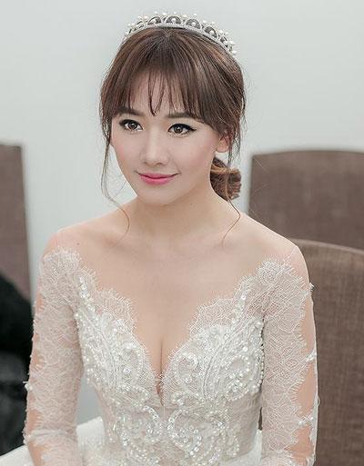 hari-won-trang-diem-dep-nhat-tuan-khi-lam-co-dau