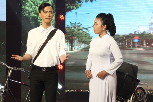 Cô gái 18 tuổi Thanh Tâm và chàng trai Văn Dững hóa thành một cặp