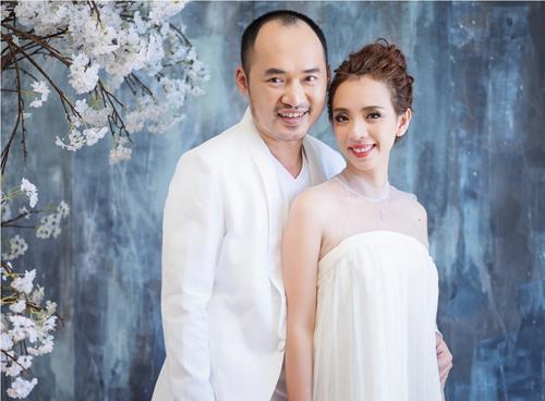Sau 6 năm chung sống, Thu Trang và Tiến Luật hiểu rõ mọi sở thích, sở trường lẫn sở đoản của nhau. Thu Trang tiết lộ chồng cô mê mẩn các món chiên. Trong khi đó, Tiến Luật tâm sự vợ anh yêu thích các loại hải sản.