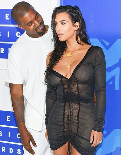 Kanye West cầu xin Kim Kardashian không rời xa mình