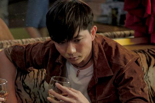 Chồng Trương Quỳnh Anh đóng cảnh nóng cùng hot girl - ảnh 2