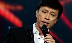 Ca sĩ Tuấn Ngọc: 'Cả đời tôi bị chê hát dở'