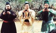 http://giaitri.vnexpress.net/tin-tuc/phim/sau-man-anh/dan-nghe-si-sau-hao-quang-tam-quoc-dien-nghia-1994-3544113.html