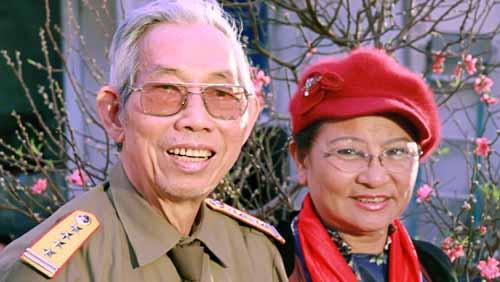Cố nhạc sĩ Thuận Yến và vợ Thanh Hương