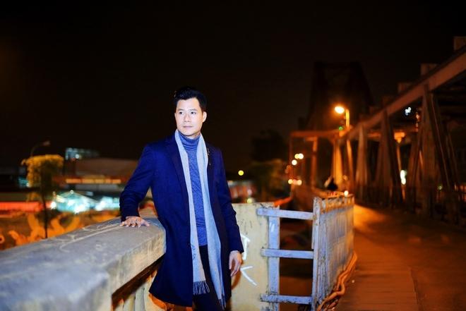 Quang Dũng dạo phố đêm Hà Nội