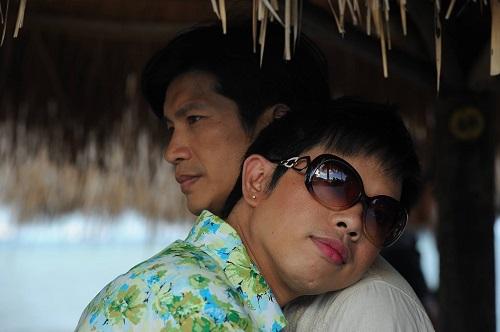 nhung-than-phan-dong-tinh-chuyen-gioi-gay-xuc-dong-man-anh-viet-3