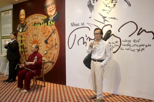 Khu vực trưng bày tượng sáp cố nhạc sĩ Trịnh Công Sơn. Ảnh: M.N.