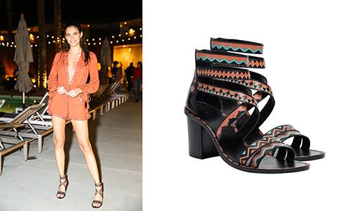 Trước đó người đẹp từng diện đôi heels Papaya của thương hiệu.