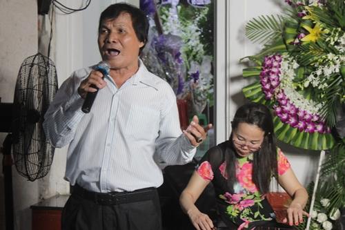 Nghệ sĩ Tấn Tài có thời gian đi diễn cùng Thanh Sang.