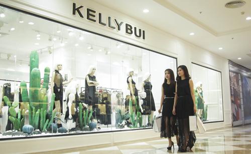 kelly-bui-ra-mat-boutique-thoi-trang-cao-cap-5
