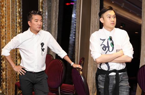 Những ngày này, Mr. Đàm và Dương Triệu Vũ đều gác lại toàn bộ công việc để chuẩn bị cho buổi tiệc.