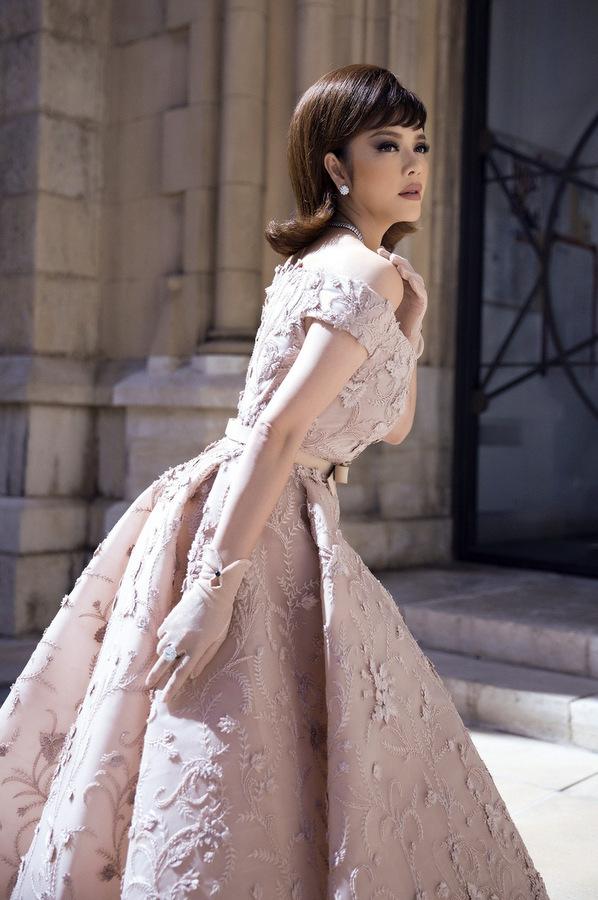 8U9A5657 1495589900 680x0 Lý Nhã Kỳ diện váy kiểu quý tộc ở ngày cuối đi thảm đỏ Cannes