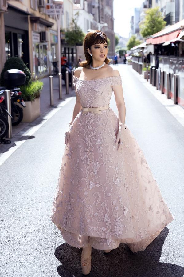 8U9A5687 1495589901 680x0 Lý Nhã Kỳ diện váy kiểu quý tộc ở ngày cuối đi thảm đỏ Cannes