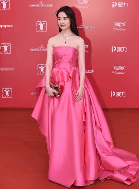 Liên hoan phim Thượng Hải 2017 mở màn im ắng - ảnh 1
