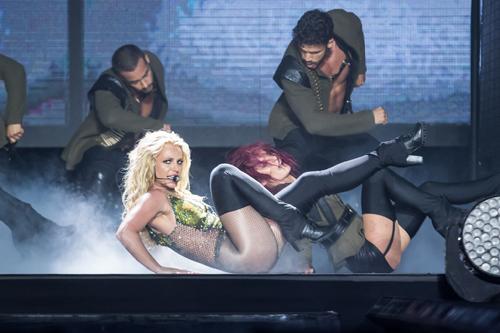 Britney-Spears-Bangkok-2306201-7275-5946