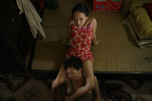Phương Nga từng là lựa chọn đầu tiên cho vai Huyền trong phim Đập cánh giữa không trung của nữ đạo diễn Nguyễn Hoàng Điệp.