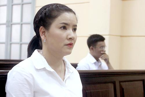 Ngọc Trinh: 'Tôi đã quá tin Nhà hát kịch TP HCM'