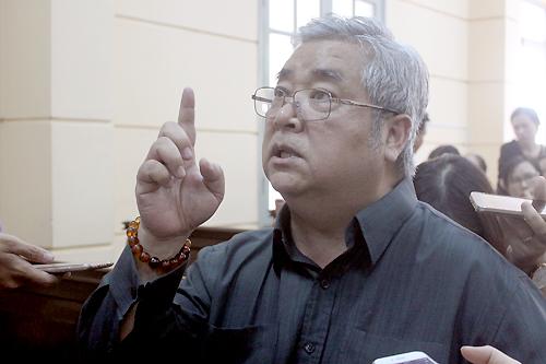 Ngọc Trinh: 'Nhà hát kịch TP HCM làm việc không có tình'