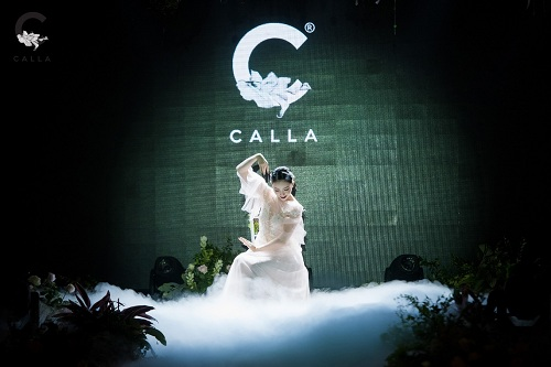linh-nga-minh-tu-hoa-co-dau-trinh-dien-vay-cuoi-calla-bridal-4