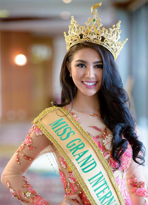 Sao: Nhan sắc Hoa hậu đẹp nhất thế giới 2016