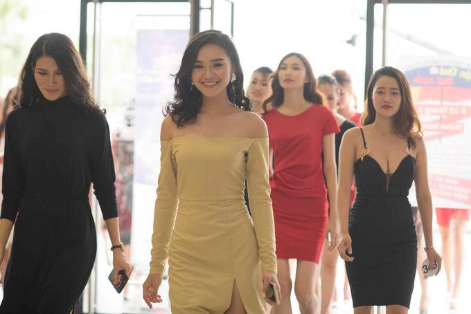 Sao Việt: Nhan sắc thí sinh sơ khảo Hoa hậu Hoàn vũ VN phía Bắc