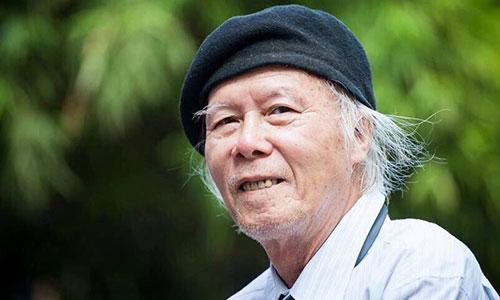 Nhà thơ Thanh Tùng - tác giả bài thơ Thời hoa đỏ.