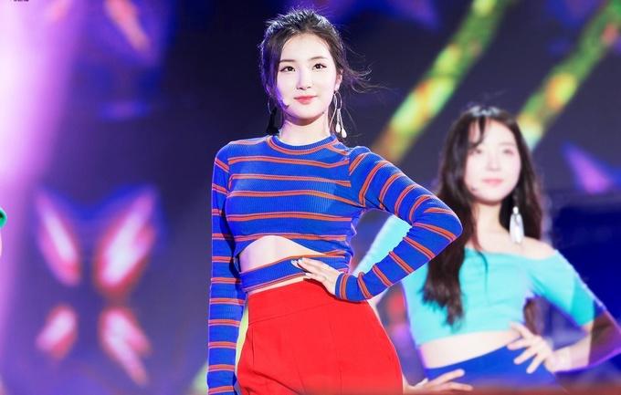 Sao Hàn: Nhan sắc gây thương nhớ của 'nữ thần' 17 tuổi xứ Hàn