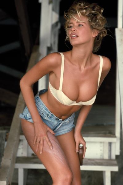 Claudia Schiffer dưới ống kính của nhiếp ảnh gia