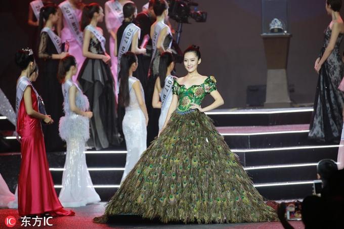 Sao Hoa Ngữ: Người mẫu 21 tuổi đăng quang Hoa hậu Thế giới Trung Quốc 2017