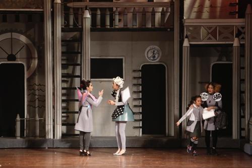 Nhạc kịch 'Bé chịu chơi' diễn hai ngày cuối ở Hà Nội