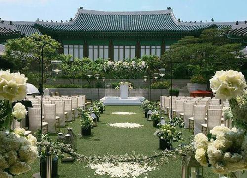 co-dau-song-hye-kyo-sanh-doi-chong-4