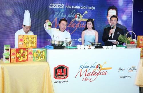 kham-pha-malaysia-cung-martin-yan-phan-hai-len-song-truyen-hinh-viet-4
