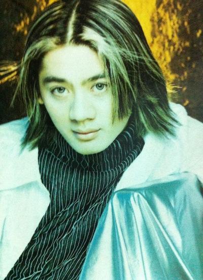 Những kiểu tóc của Lâm Chí Khanh từng được thanh niên thời bấy giờ bắt chước.