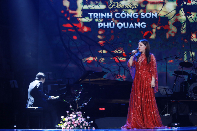 Phú Quang: 'Chất giọng Khánh Ly là thách thức với ca sĩ trẻ'