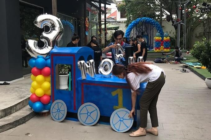 Vợ chồng Diễm Hương tổ chức tiệc sinh nhật cho con trai