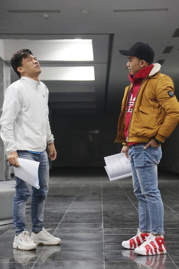 Dàn diễn viên Táo quân thức đêm tập chương trình