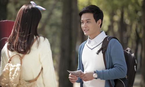 Hồng Đăng (phải) vào vai thư sinh nhẹ nhàng, tâm lý trong Tuổi thanh xuân.