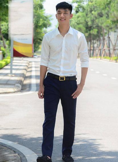 Nguyễn Trọng Đại được mệnh danh là hot boy của đội tuyển nhờ vẻ ngoài thư sinh, vóc dáng mảnh khảnh và nụ cười đẹp.