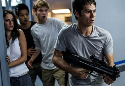 Nhân vật của Dylan OBrien trong loạt phim Maze Runner trưởng thành hơn qua từng tập.